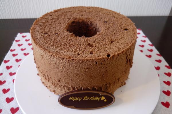 つくば市のケーキ屋さん「RIBBON」のバースデーケーキ(お誕生日ケーキ) チョコレートシフォン